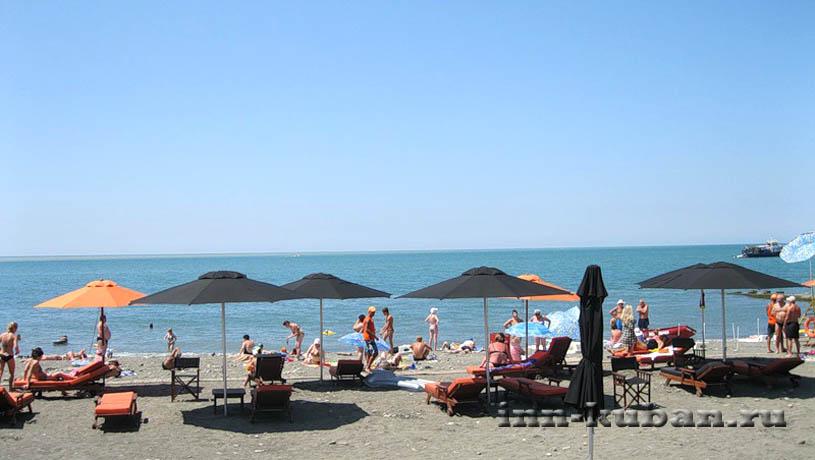 пляж Ласточка в Сочи