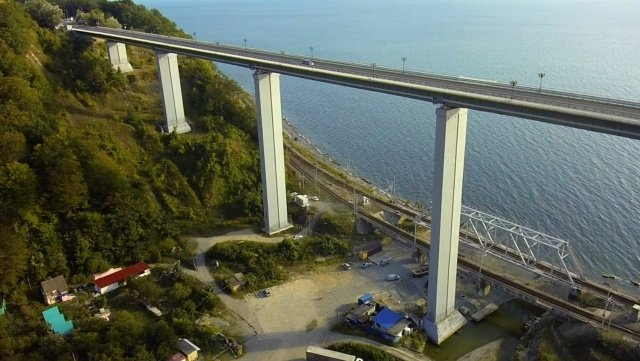 Автомобильный мост в Сочи