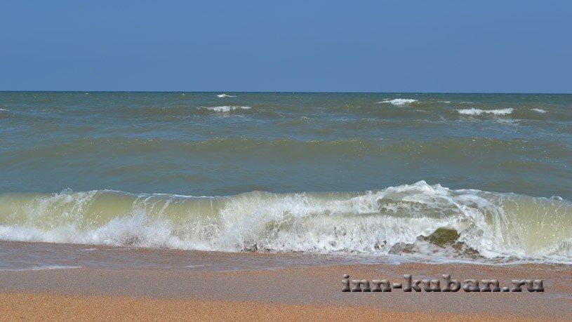 волны на Азовском море