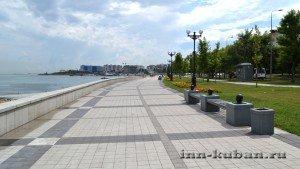 на набережной в Новороссийске