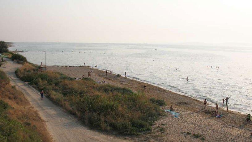 пляж в Ильиче